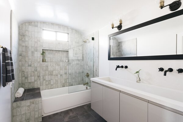 alcove tube bathroom
